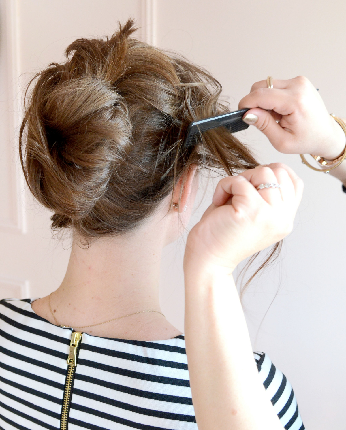 how to do a messy french twist