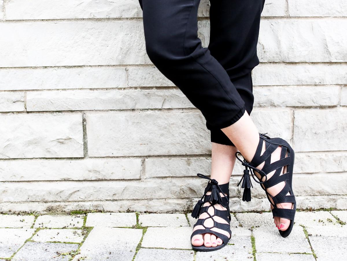 Black jumpsuit_Pregnancy Style-1