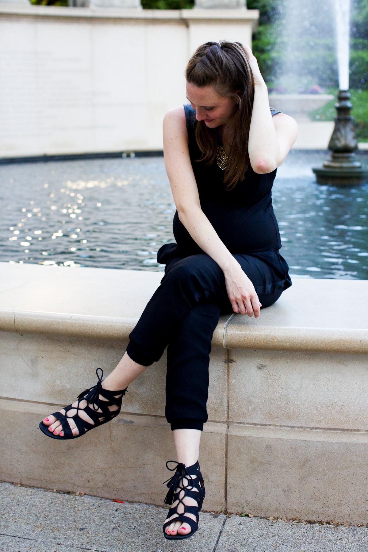 Black jumpsuit_Pregnancy Style-8