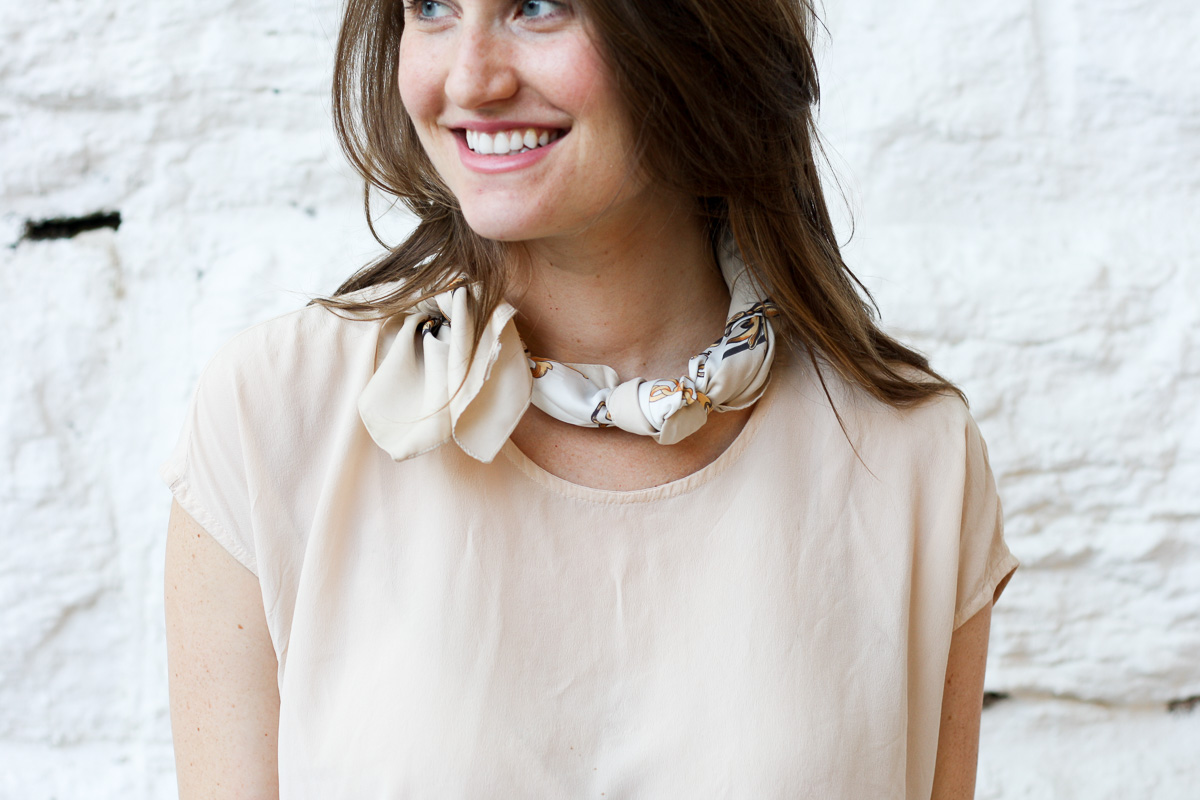 Fashion blogger in Chicago_How to style scarves_Top US Fashion Blogger_Isnt That charming-14