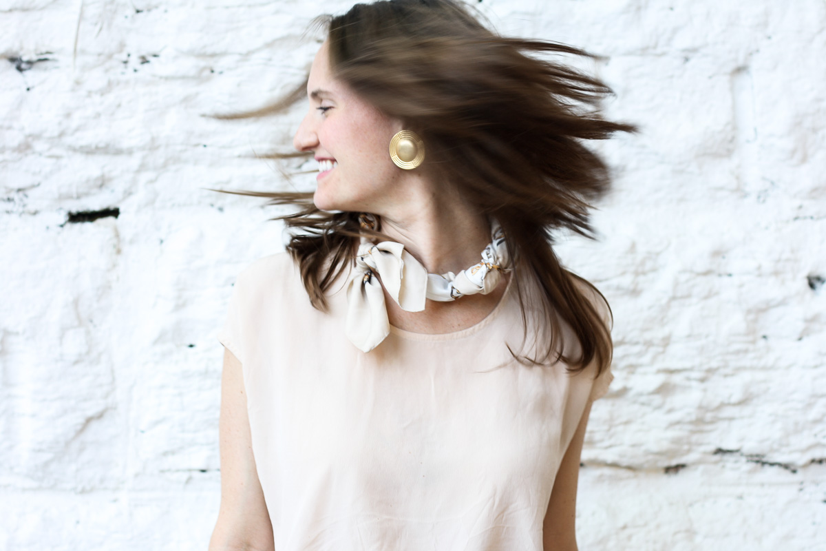 Fashion blogger in Chicago_How to style scarves_Top US Fashion Blogger_Isnt That charming-17