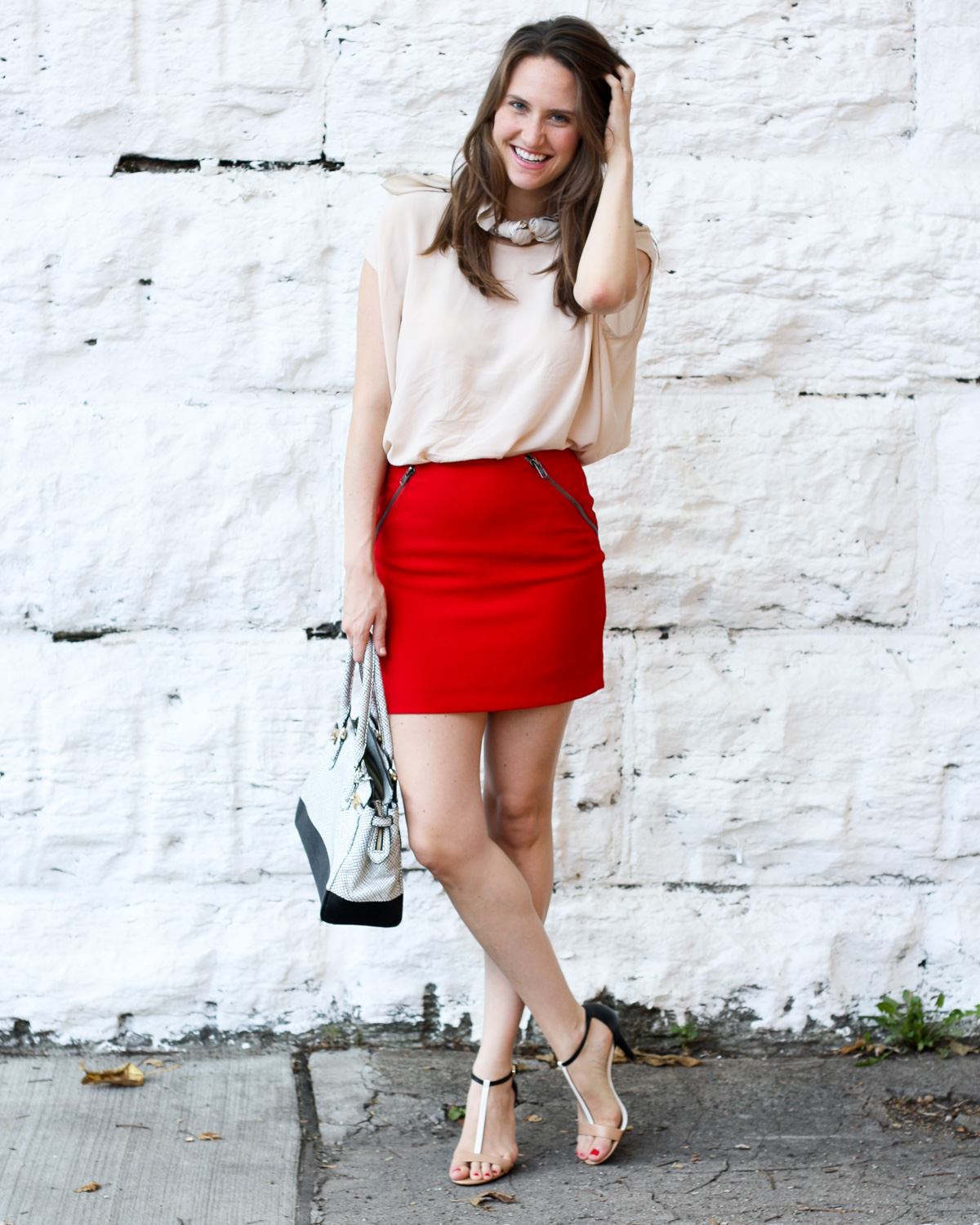 Fashion blogger in Chicago_How to style scarves_Top US Fashion Blogger_Isnt That charming-2