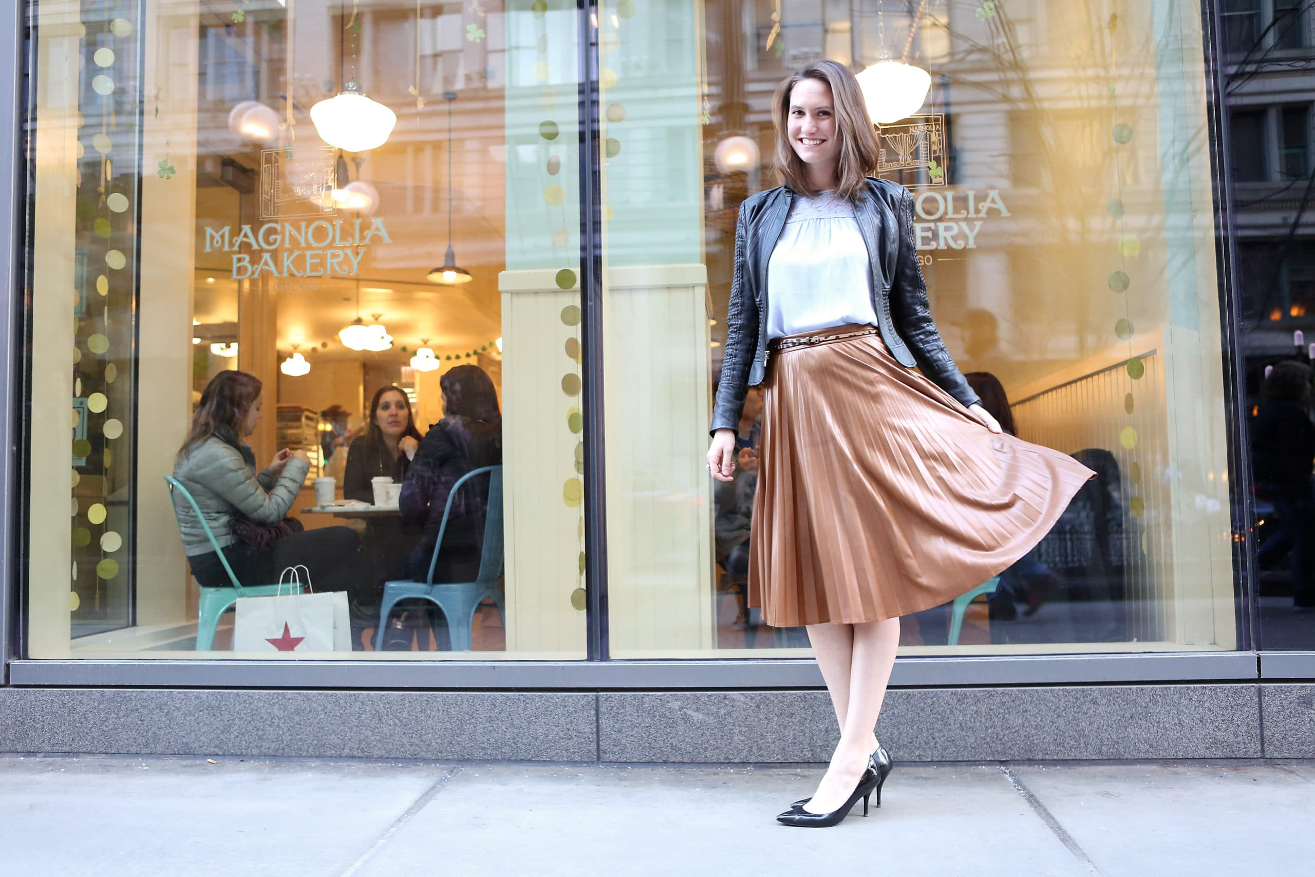 Isnt That Charming_Top Chicago Fashion Blogger_Pleated skirt