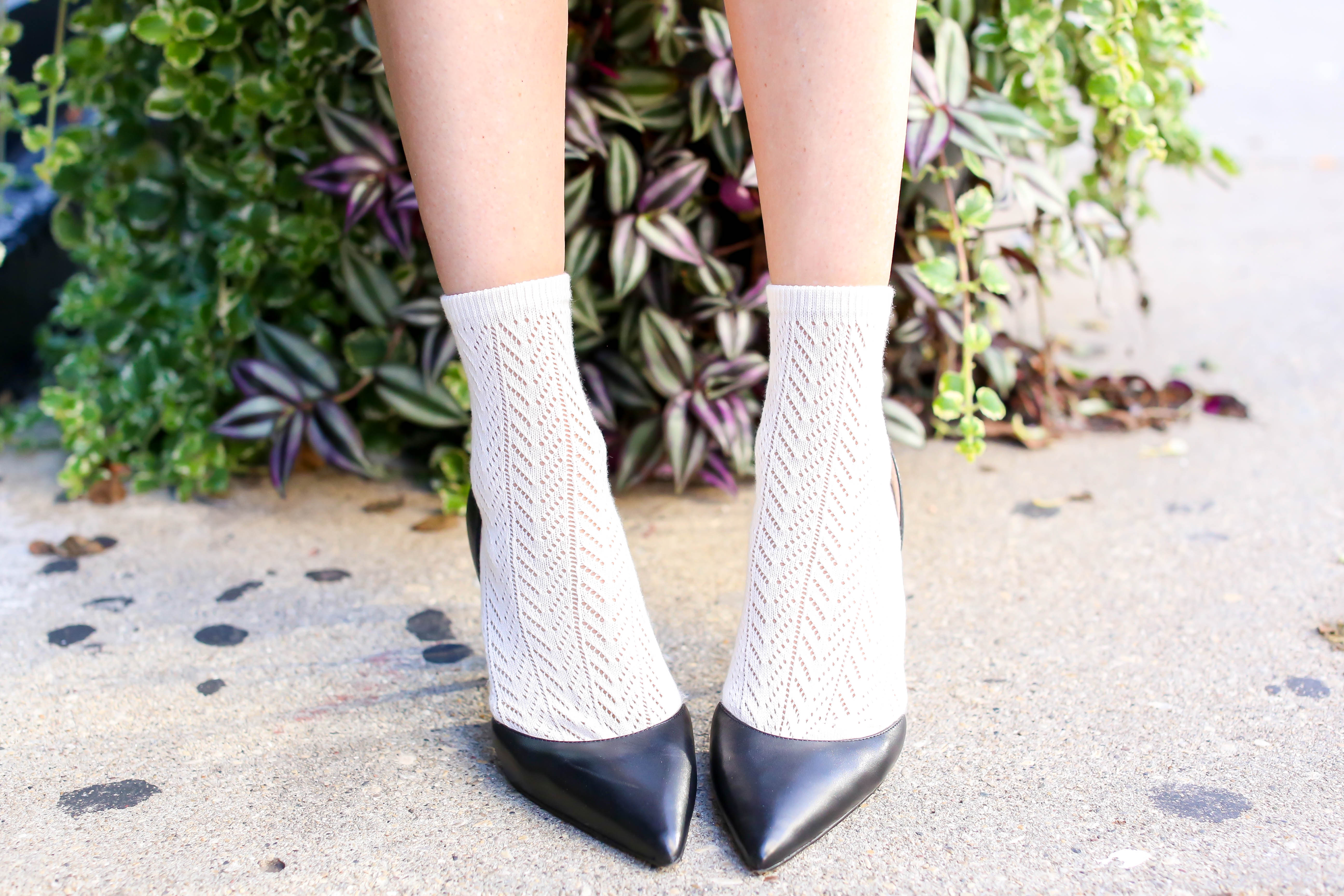 how-to-style-socks-with-heels