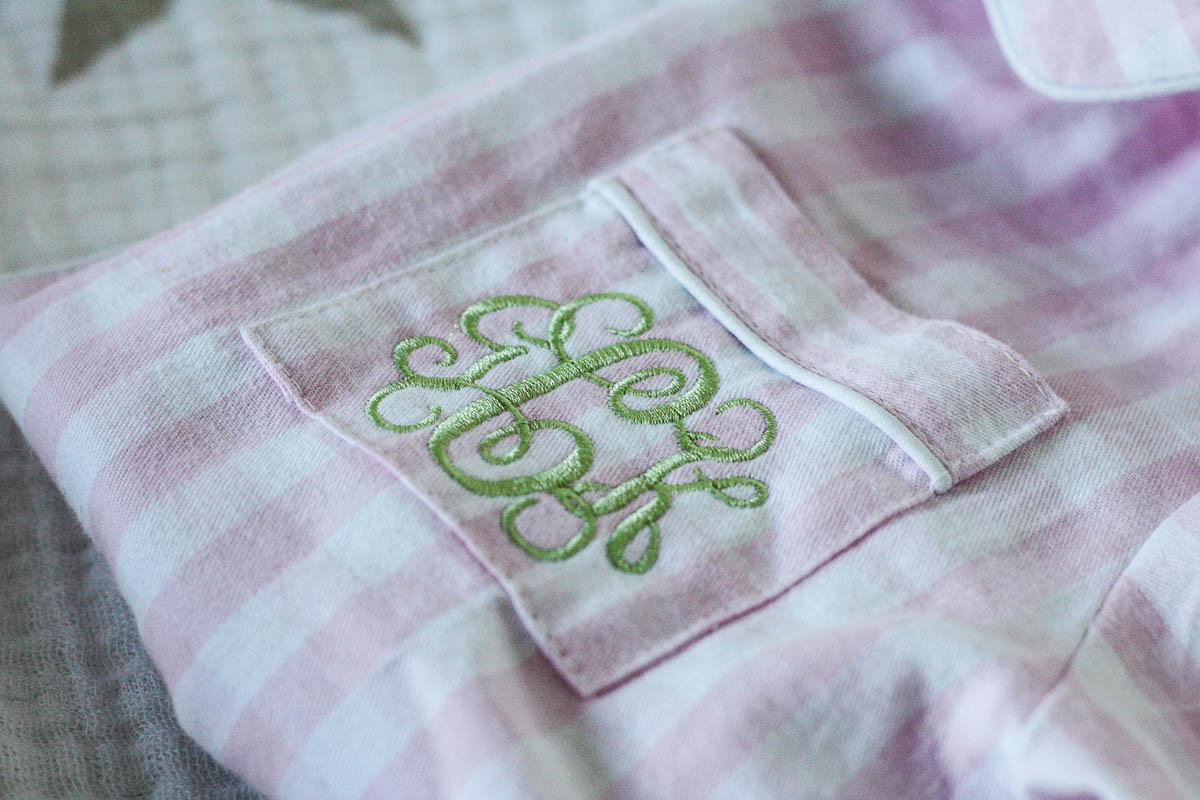 peekawhoo_pink-plaid-pajamas_gift-ideas-for-toddlers-9