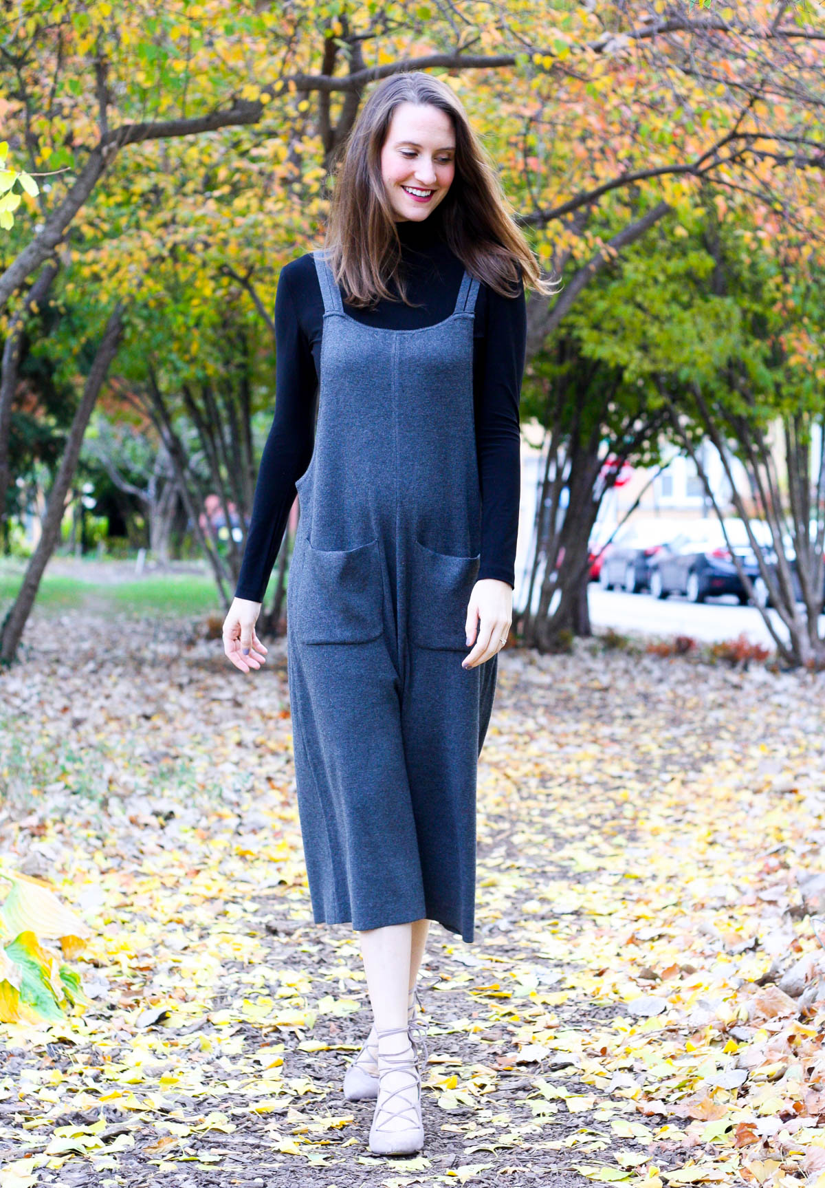 black-turtleneck-and-jumper_fall-fashion_midwest-fashion-blogger_isnt-that-charming-5